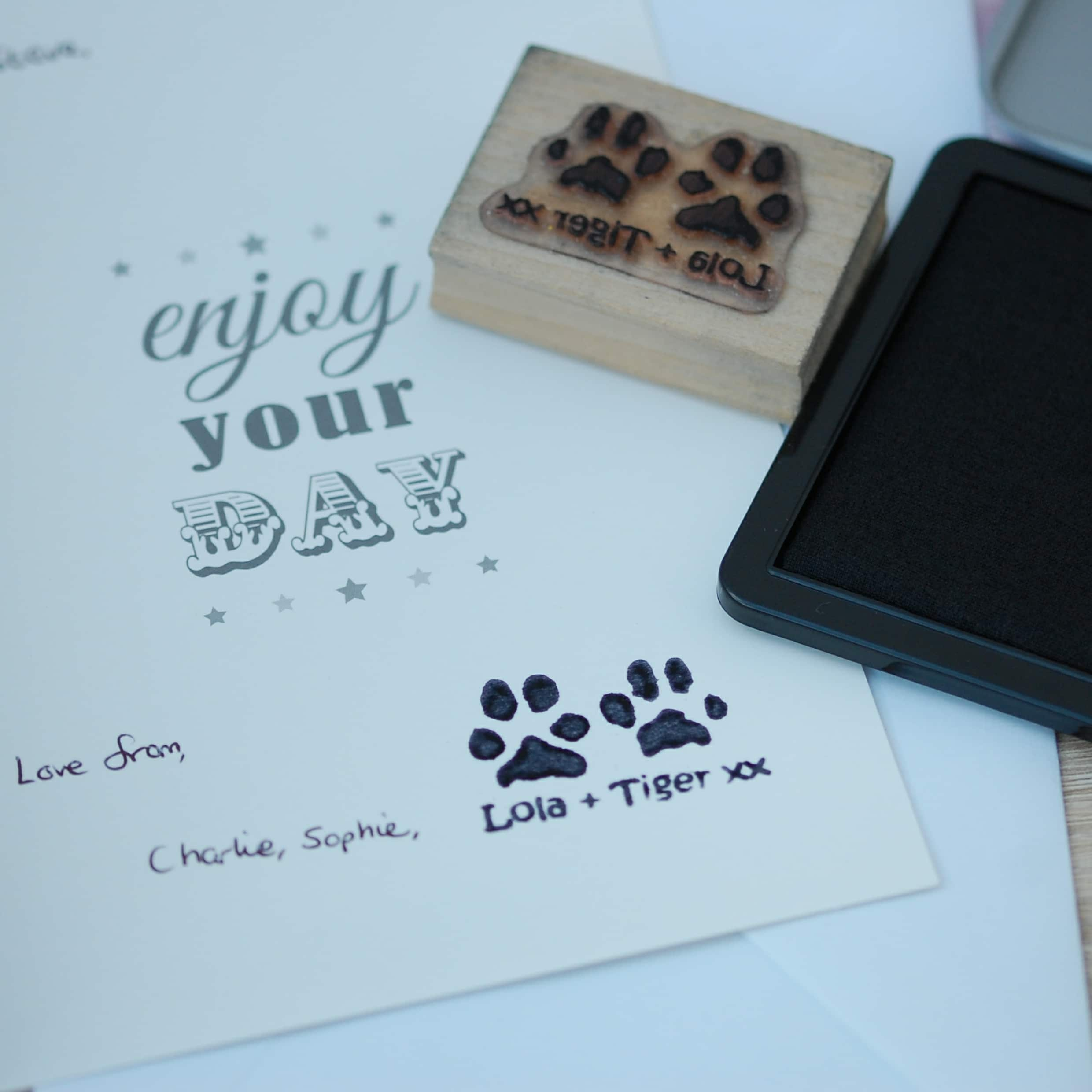 Double Paw Print Stamp