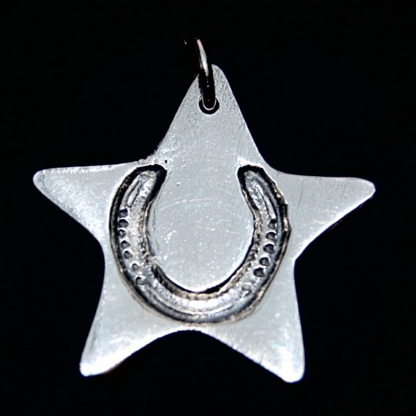 Regular silver star charm with your horse's unique shoe imprint.