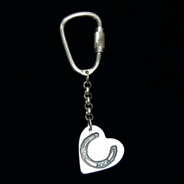 Regular silver heart horse shoe keyring.