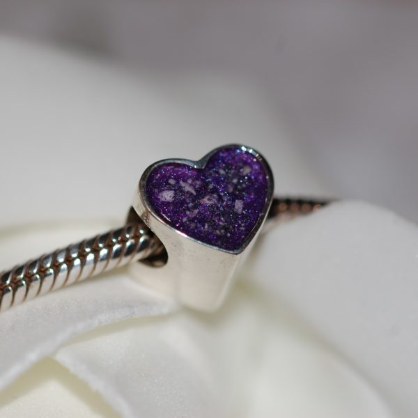 Silver heart charm bead with pet cremation ashes and violet colour