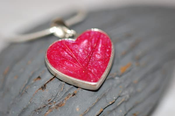 Heart with silver heart pendant with pet fur or cremation ashes pet fur